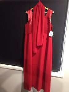 BRAND NEW PLUS SIZE (20-22) FORMAL DRESS. BRAND CHERRY. Petrie Pine Rivers Area Preview
