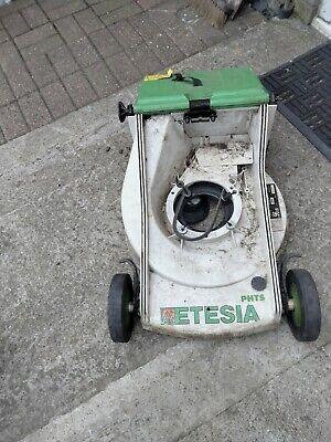 ETESIA, Plastic Deck, Front Axle, Lower Handle Brackets