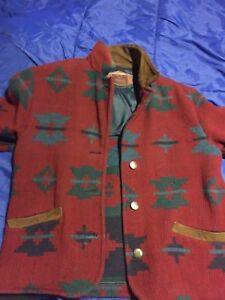 Vintage women's Woolrich wool jacket size medium
