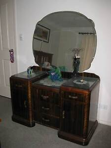 dressing table with mirror Old Reynella Morphett Vale Area Preview