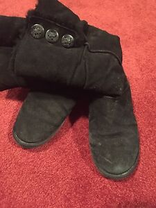 Ladies winter boots size 11