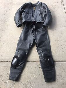 Men's motorcycle leathers Clarence Town Dungog Area Preview