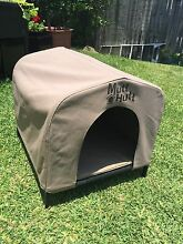 Mutt Hutt Dog Kennel - size small Benowa Gold Coast City Preview