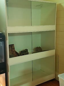 3 bay reptile enclosure, suit snakes, lizards, small monitors Riverstone Blacktown Area Preview