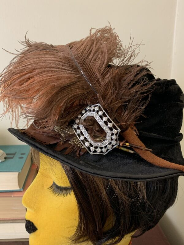 Vintage Antqiue Black Hat With Feathers