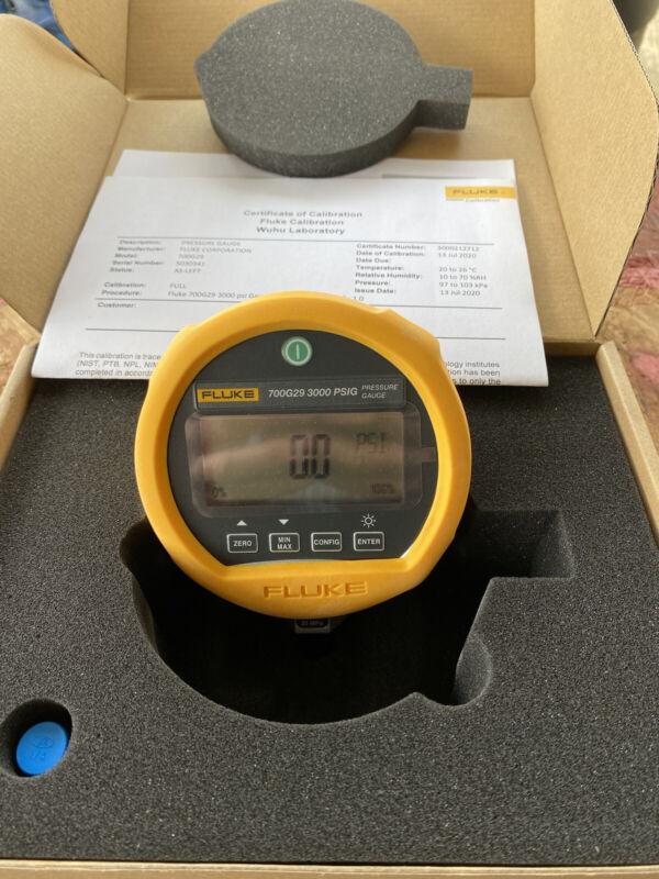 Fluke Fluke-700G29 Pressure Gauge, -14 To 3,000 Psig