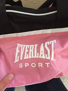 Pink Everlast Gym Bag.