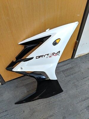 13 17 TRIUMPH DAYTONA 675 675R RIGHT SIDE FAIRING BODYWORK PLASTIC PAN