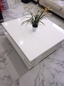 White coffee table Bass Hill Bankstown Area Preview