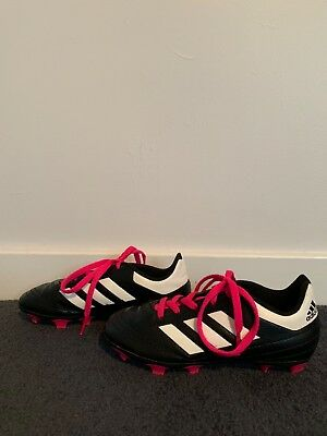 1c4fa6087e9d Adidas Kids Soccer Cleats Shoes with Pink Laces Good Condition Size 13