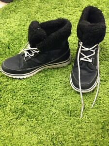 Sorel Women's Winter Boots - Lightly Used