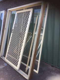 Prime rose aluminium sliding door