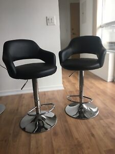 Black and Silver Bar stools: 60$ each