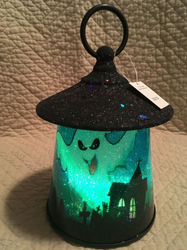 NWT Plastic Color Morphing Halloween Ghost Battery Operated Lantern
