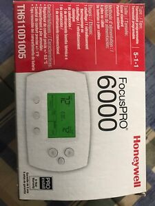 Honeywell FocusPRO 6000 thermostat