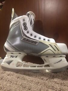 Bauer Supreme one.9 Limited Edition White Skates 3.5D - $85