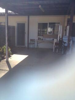 Duplex unit for rent Ooralea Mackay City Preview
