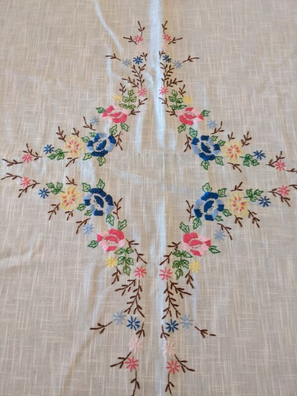 "Vintage Floral Embroidered Rectangle Tablecloth 68"" X 51"" Ivory"