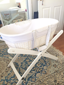 Bassinet-Childcare Moses Basket and Stand Frenchs Forest Warringah Area Preview