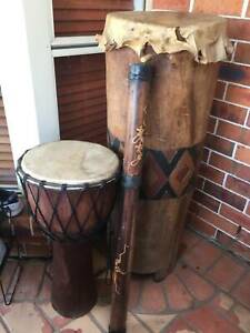 AUTHENTIC 2 AFRICAN DRUMS,1 DIDGERIDOO