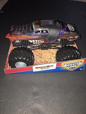 2013 Hot Wheels Monster Jam Monster Mutt 1:24 Monster Truck  Brand New No Bobbl
