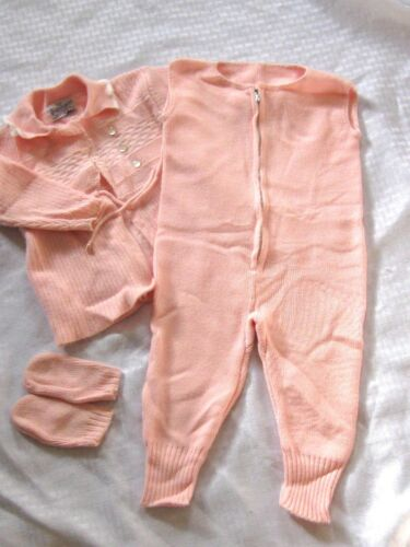 VINTAGE Baby Girl Sweater & Knitted Pants & Mittens Outfit Made USA 1973 9-12 Mo