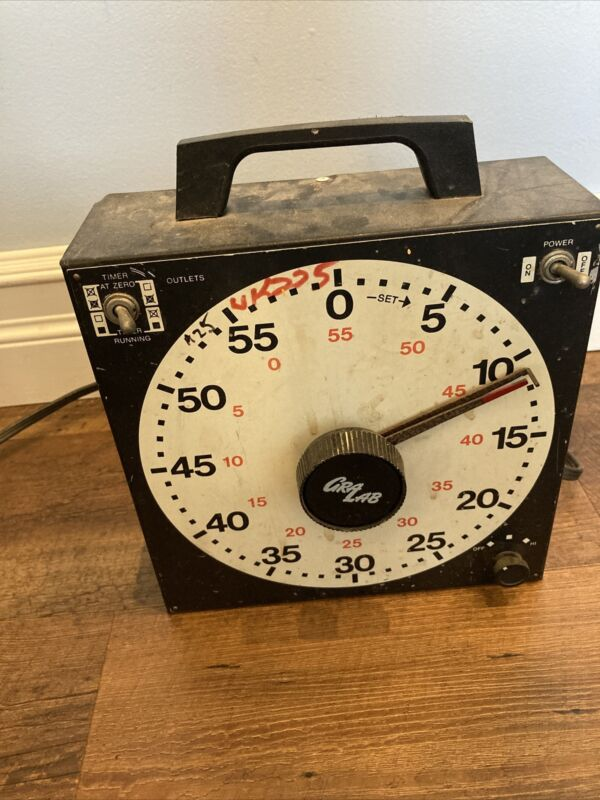 GraLab Universal Analog Timer Model 171 Sixty Minute 2 Outlets