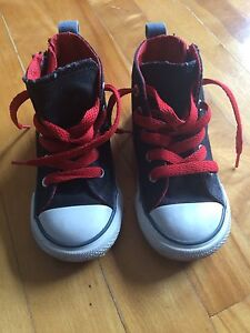 Toddler Converse sneakers size 9