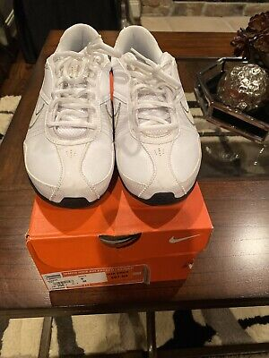 NIKE WOMEN'S AIR EXCEED WOMEN'S WHITE LEATHER ATHLETIC TRAINING SHOES SIZE 9