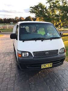 Toyota Hiace 2003 Automatic $6500 o.n.o Cecil Park Liverpool Area Preview