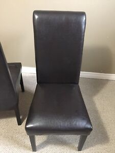 Partisan chairs
