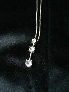 """20"""" Silver chain with 3 stone pendant"""