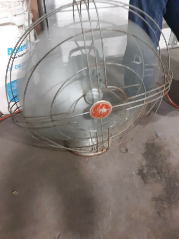 Vintage GE Vortalex Oscillating Electrical Fan   NO. 84 Working!
