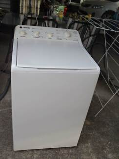HOOVER WASHING MACHINE 5.5 KG Windsor Hawkesbury Area Preview
