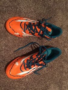 Size 10 Messi Indoor Soccer Shoes