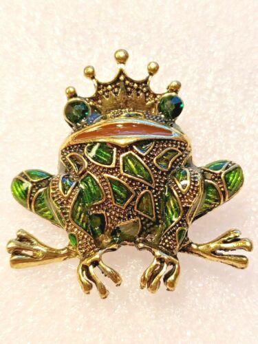 Frog Prince King Green Enamel Alloy Pin Brooch Jewelry