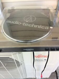 Audio-Technica LP60-USB turntable record player stereo gear