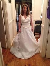 Size 10 wedding dress VINTAGE Elizabeth Downs Playford Area Preview
