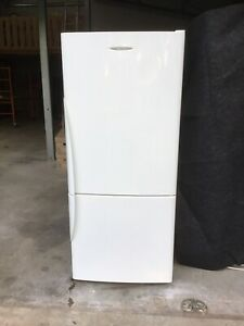 Fisher and Paykel 406 litre Fridge/Freezer