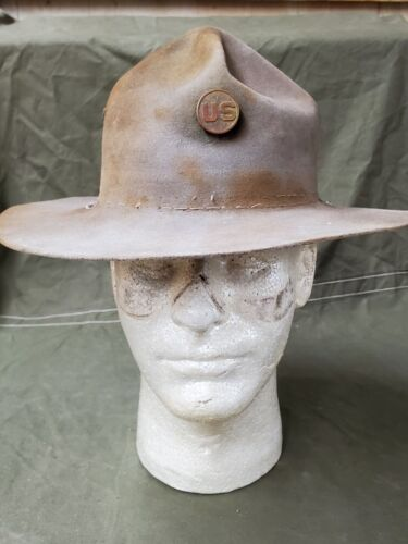 WWI US Army Camaign Hat with US Collar Disc SEE PICS