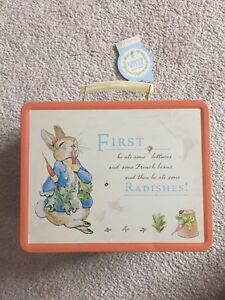 Peter the Rabbit lunchbox