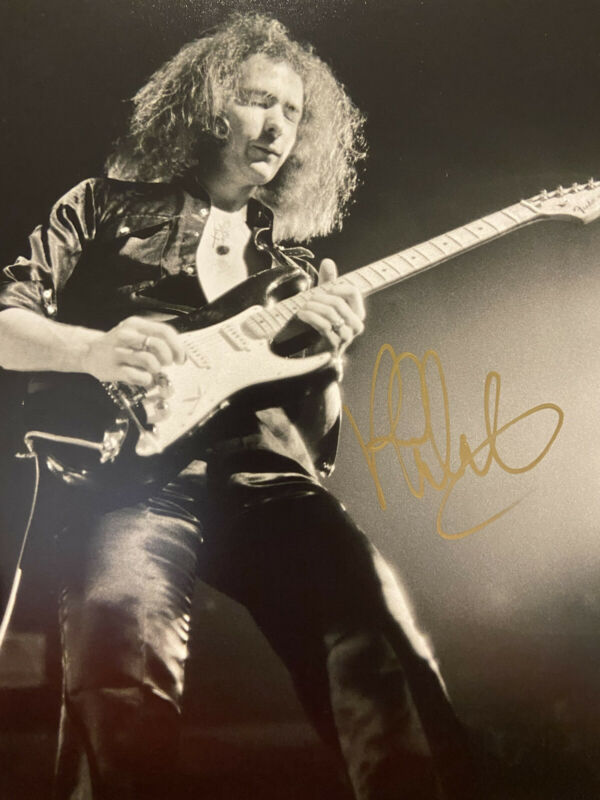 RITCHIE BLACKMORE autographed photo 8 x 10 w/COA hand signed DEEP PURPLE