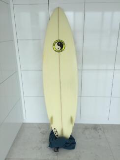 Surfboard 6'4 Twin