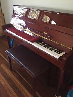 Beale Upright Piano
