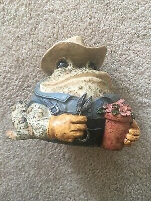 """1999 Home Styles Toad Hollow gardner Small 3.5"""" Collectible Figure garden statue"""