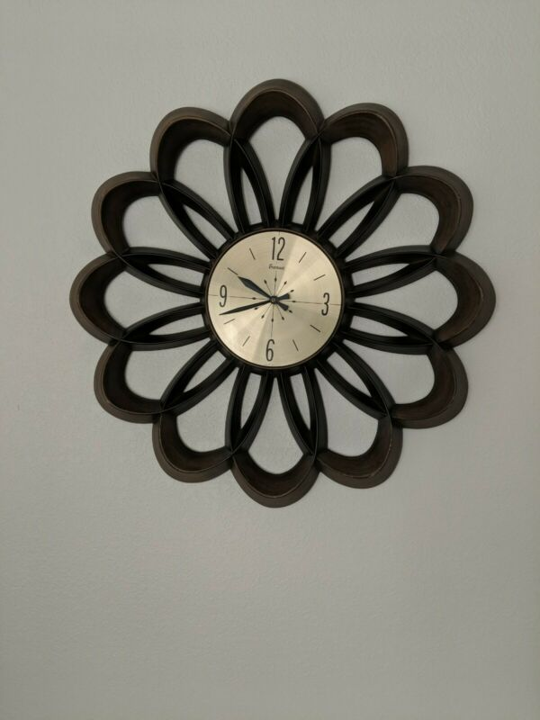 "Vintage Burwood Arabesque Sunburst Wall Clock 28"" MCM Atomic Flower Battery Op"