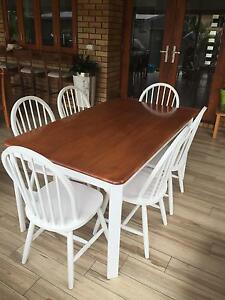 Outdoor/Indoor Beautiful Shabby Chic Dining set Bray Park Pine Rivers Area Preview
