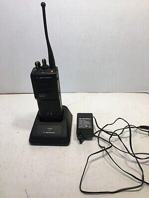 Motorola Mts2000 Portable 2-way Radio H01uch6pw1bn Not Programmed W 1 Basebatt