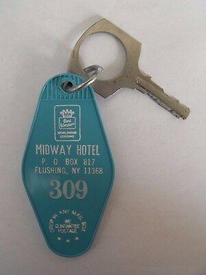 Vintage MIDWAY Motel Hotel Room 309 Key Fob Flushing NY Turquoise Retro Kitsch