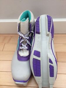 Women's XC boots SNS style